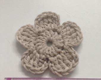 Set of 4 crochet cluster flowers