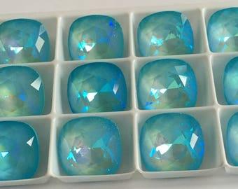 Set of 17 Swarovski cabochon crystals 4470 12mm - ULTRA TURQUOISE AB