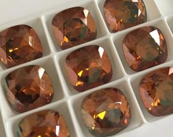 Set of 10 Swarovski cabochon crystals 4470 12mm