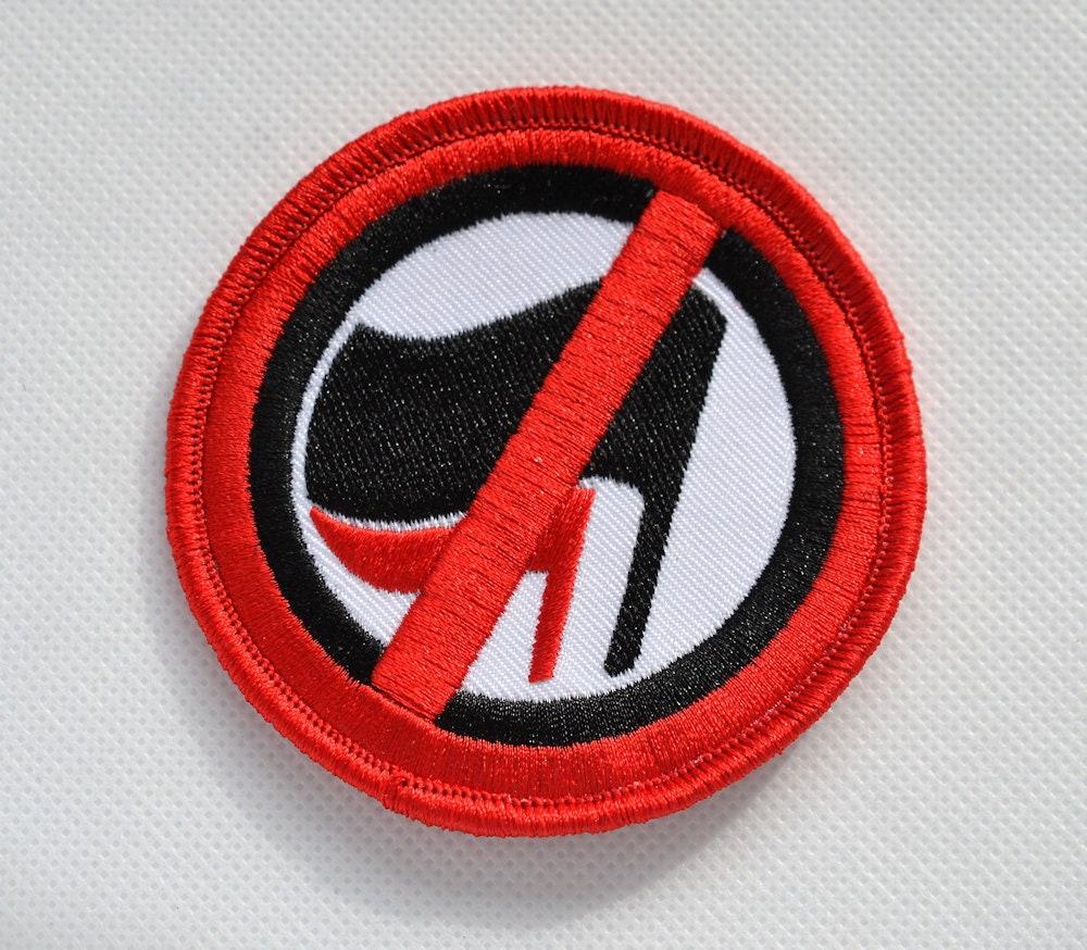 Écusson patch bordeI Off contre tout Anti