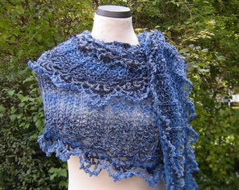"Scarf, hand knit, stole, triangle shawl, triangle scarf ""Victoria"" Blue"