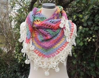 Triangle cloth, stole, triangle scarf, crochet cloth, gradient, colorful