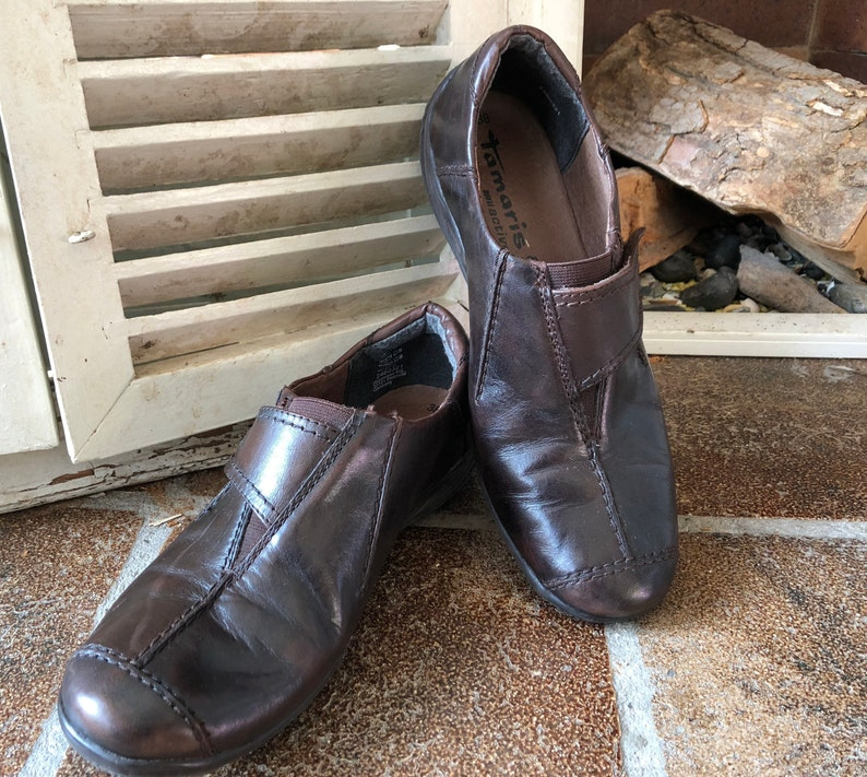 buy popular 284f7 931ca Tamaris Active, vintage women's shoes, sneakers, aubergine brown leather,  size 38, made in Germany