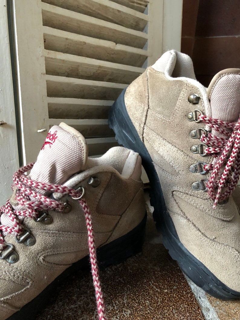 96466e23112f7 Reebok, vintage shoes, lace up, outdoor, sneakers, anti-skid, grip, winter,  beige, suede, textile, woman, size 41 EU/8 UK