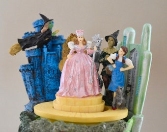 Wizard of Oz collection rotating yellow brick road music box. Dave Grossman creations. 1995 Turner. Witch's Castle. Off to See the Wizard