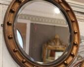Ronde Spiegel Goud : Makeup spiegel met verlichting geïsoleerd vector vierkante en