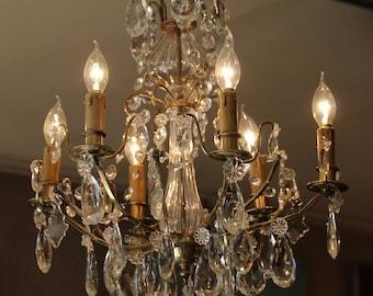 Lustre en cristal de Baccarat Français antique lustre en bronze ciselé et doré lustre Eclairage lustre de plafond cristal de Baccarat pour le design d'intérieur de luxe