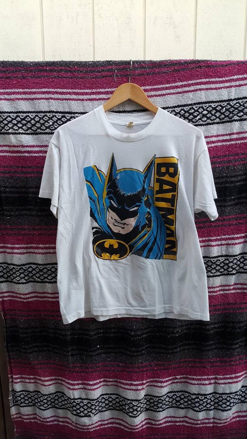 9b3bcd9dd6c90 Batman Graphic Shirt Size XL Screen Stars 1980s 80s DC Comics Joker Robin  Cat Woman Marvel Bruce Wayne Adam West