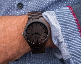 Wood Watch, personalized  watch, engraved watch, Groomsmen gift, Cadeau personnalisé, Graduation gift, boyfriend gift, engraved watch, TOP30