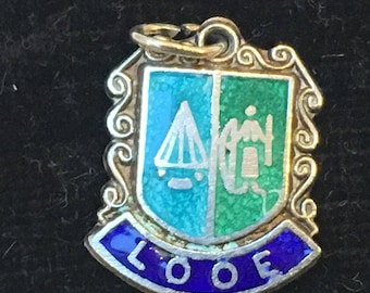 Looe, Vintage C1960s maybe earlier Sterling Silver enamel English travel shield charm