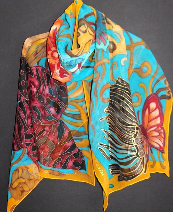 425e120abe53 Bleu foulard en soie soie peinte foulard fleuri papillon   Etsy