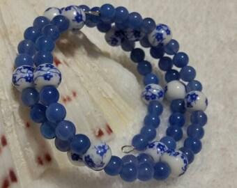 Memory wire bracelet, blue agate bracelet, Blue Delft bracelet, wrap bracelet, beaded bracelet, gemstone bracelet, blue bracelet, multi-loop