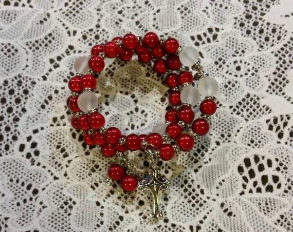 Lutheran rosary bracelet, Lutheran prayer bracelet, memory wire bracelet, beaded bracelet, wrap bracelet, red Miracle beads, frosted glass