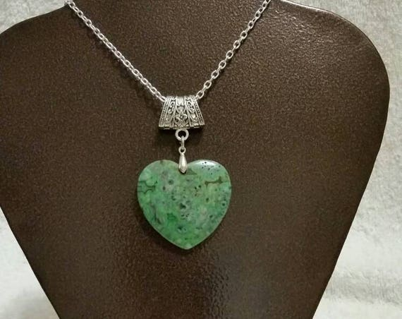 Green Agate heart pendant, gemstone pendant, Green Agate polished heart necklace, silver toned jewelry bail, gemstone heart jewelry, OOAK