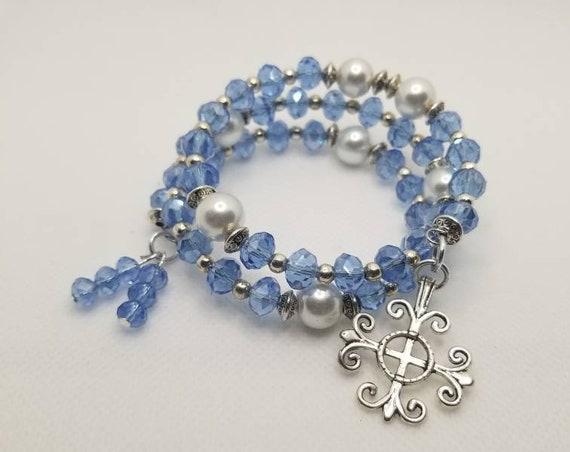 Lutheran rosary bracelet, Lutheran prayer bracelet, memory wire bracelet, wrap bracelet, periwinkle crystal,  white pearls, Jerusalem cross