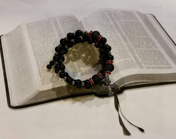 Five decade rosary bracelet, memory wire bracelet, wrap bracelet, Catholic rosary bracelet, black glass pearls, red rhinestones, silver tone