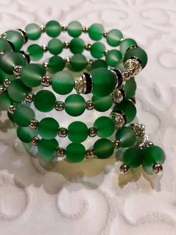 Lutheran rosary bracelet, Lutheran prayer bracelet, memory wire bracelet, wrap bracelet, green rubberized  glass beads, Jerusalem cross