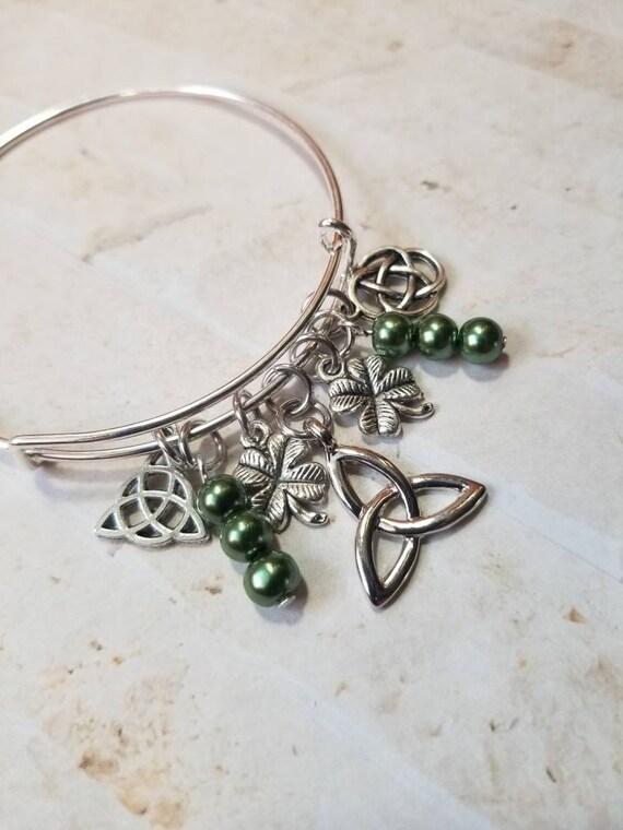 St Patrick's day bracelet, St Patrick's charm bracelet, expandable bangle, silver bangle, charm bangle, Irish pride bangle, Celtic bangle