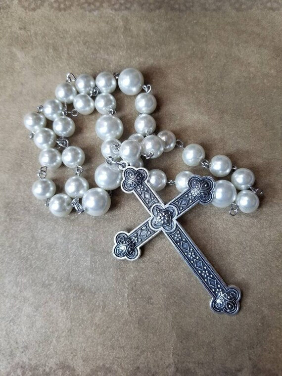 Episcopal prayer beads, Methodist rosary, Protestant prayer beads, Anglican rosary, ivory glass pearls, silver metal, reversible cross