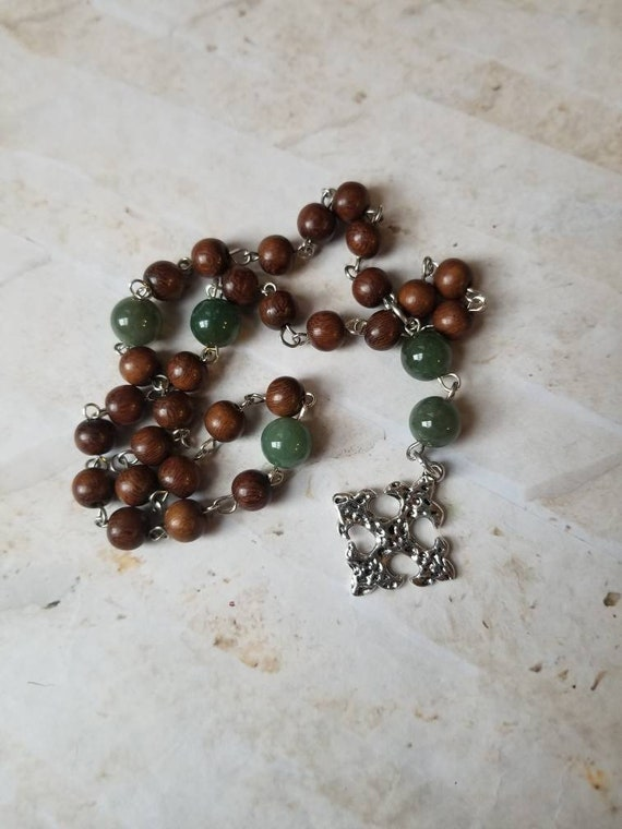 Prayer beads, Madre de cacao wood, Green Aventurine beads, silver cross, Protestant, Anglican, Episcopal, Methodist, hammered silver cross