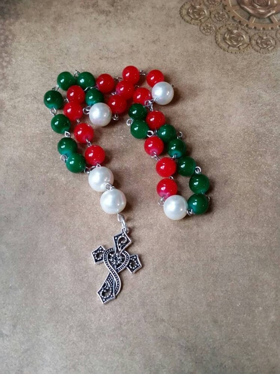 Anglican prayer beads, Methodist rosary, Protestant prayer beads, Episcopal rosary, stainless steel, Christmas colors, Malay Jade beads