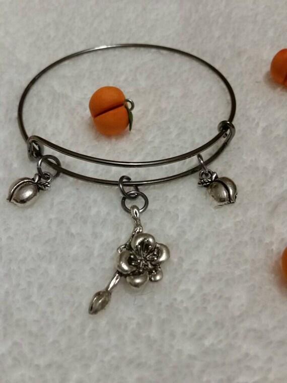 Peach bangle, gunmetal bangle, expandable bangle, charm bracelet, charm bangle, Georgia Peach bracelet,  peach jewelry, silver metal bangle