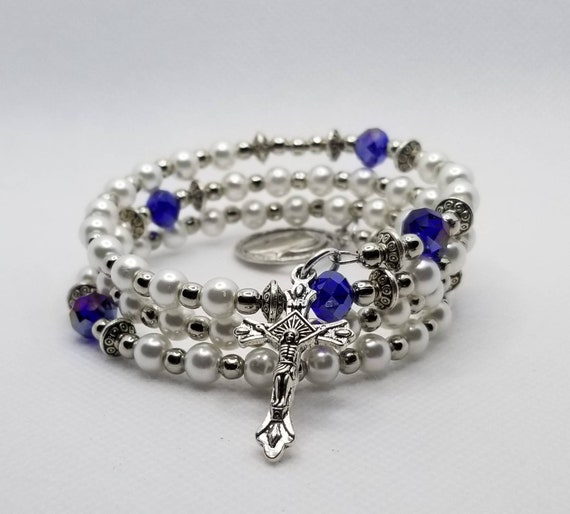 Bracelet, Catholic five decade rosary, silver tone, off-white glass pearls,blue glass beads, religious medal, crucifix, memory wire