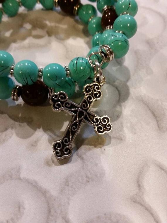 Lutheran rosary bracelet, Lutheran prayer bracelet, memory wire bracelet, wrap bracelet, Turquoise blue and brown glass beads, budded cross