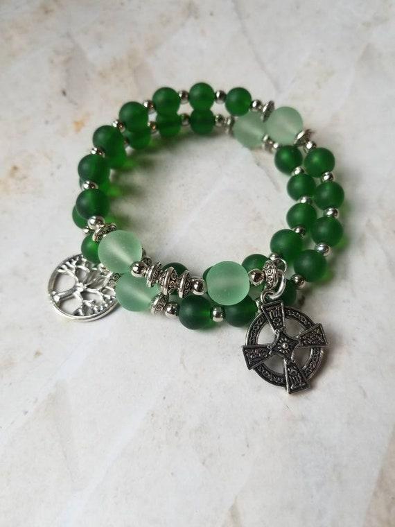 Anglican prayer bead bracelet, memory wire bracelet, beaded bracelet, wrap bracelet, green beach glass beads, Celtic cross, tree of life