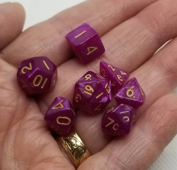 Pearly dark magenta and gold mini Dnd dice, mini polyhedral gaming dice, DnD dice set, RPG dice, D and D dice, set of 7 DnD dice, 10mm dice
