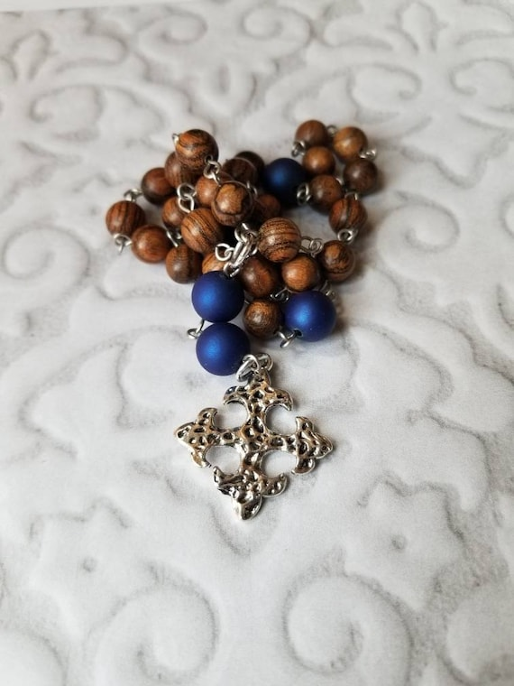 Anglican prayer beads, Episcopal rosary, Protestant prayer beads, Sandalwood beads, stainless pins, blue satin matte glass,