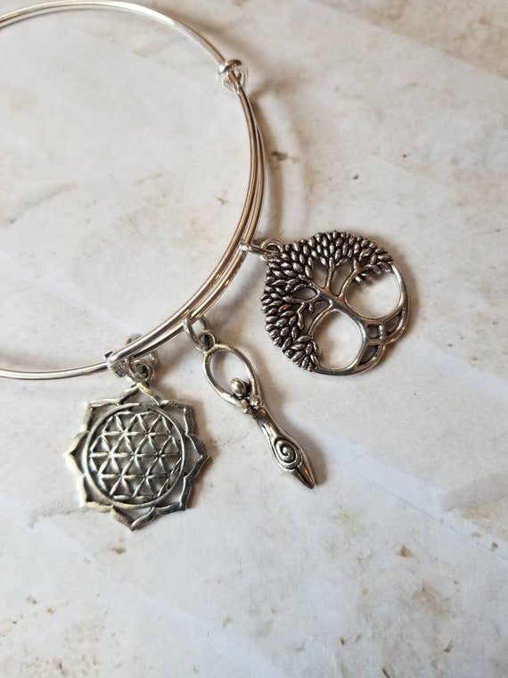 Goddess bracelet, Lillith bangle, charm bangle, expandable bangle, silver charm bracelet, Pagan bangle, Lillith jewelry, flower of life