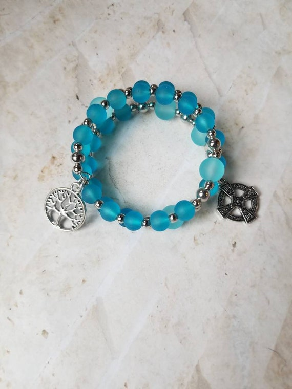 Anglican prayer bead bracelet, memory wire bracelet, beaded bracelet, wrap bracelet, blue beach glass beads, Celtic cross, tree of life