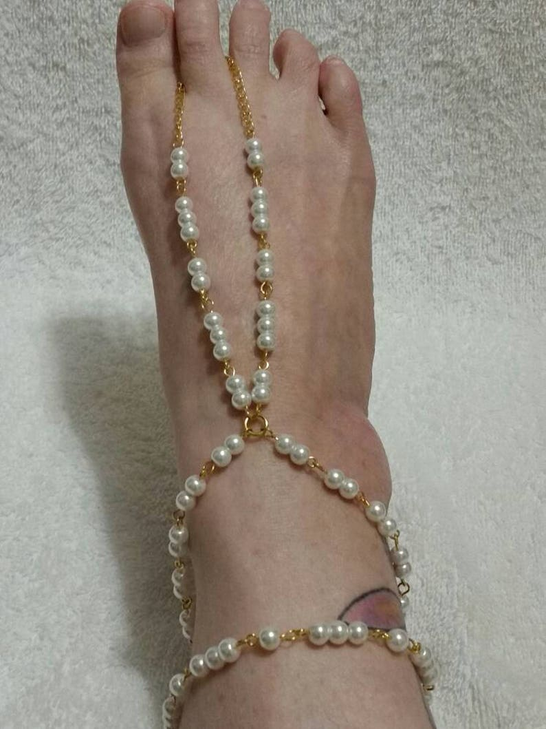 pool set hand-wired off-white glass pearl barefoot or hippie sandals in gold tone Barefoot sandals Summer hippie beach wedding