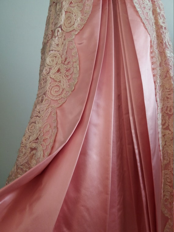 1940s lace&taffeta ball gown | vintage 40s ball g… - image 4