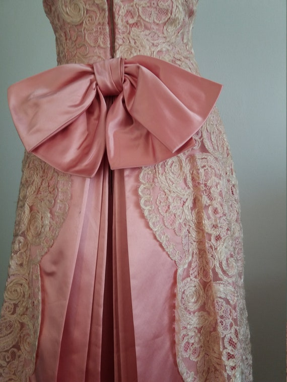 1940s lace&taffeta ball gown | vintage 40s ball g… - image 3