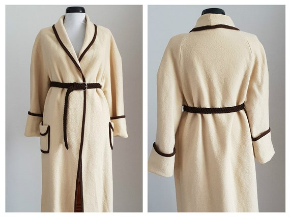 Vintage 1970s wool coat | 70s cream wool coat | 19