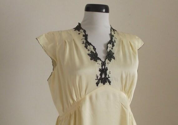 1930s champagne silk satin nightdress/ 30s maxidre