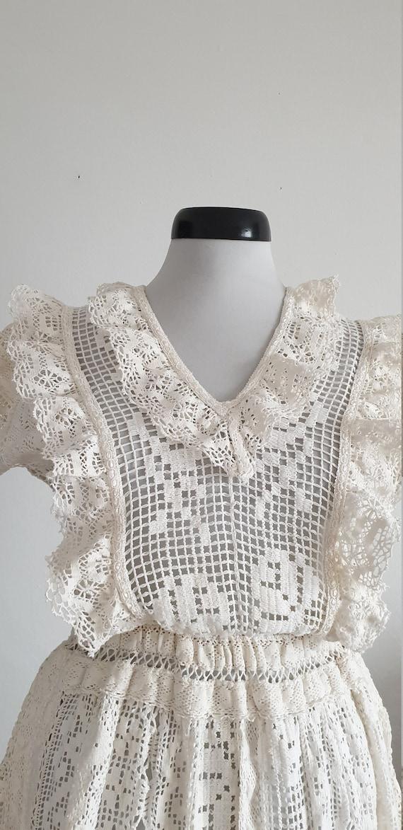 Vintage 1970s crochet dress | 70s cotton lace dre… - image 10