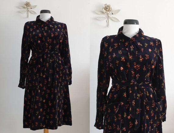 1960s velvet dress | vintage 60s navy velvet dress
