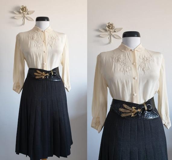 Vintage 1950s silk blouse | cream silk 50s blouse