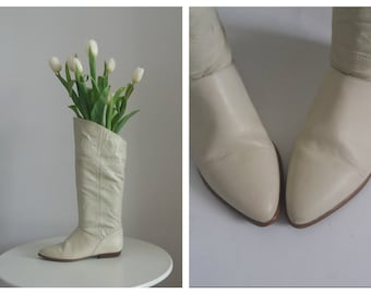Vintage 1970s leather boots   70s off -white leather boots  1970s equestrian boots
