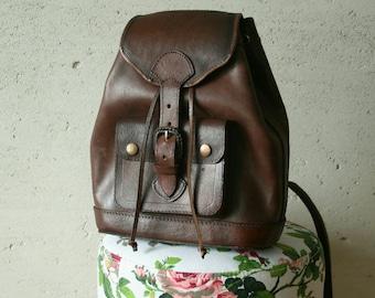 Vintage dark chocolate brown real leather backpack Vintage genuine leather  Bucket backpack Vintage rucksack knapsack Distressed backpack 97ef71cfa4