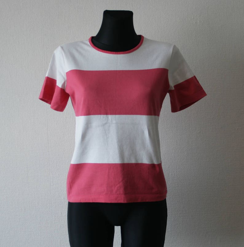 6ecd7ab24e MARIMEKKO women's T shirt White dark pink striped summer   Etsy