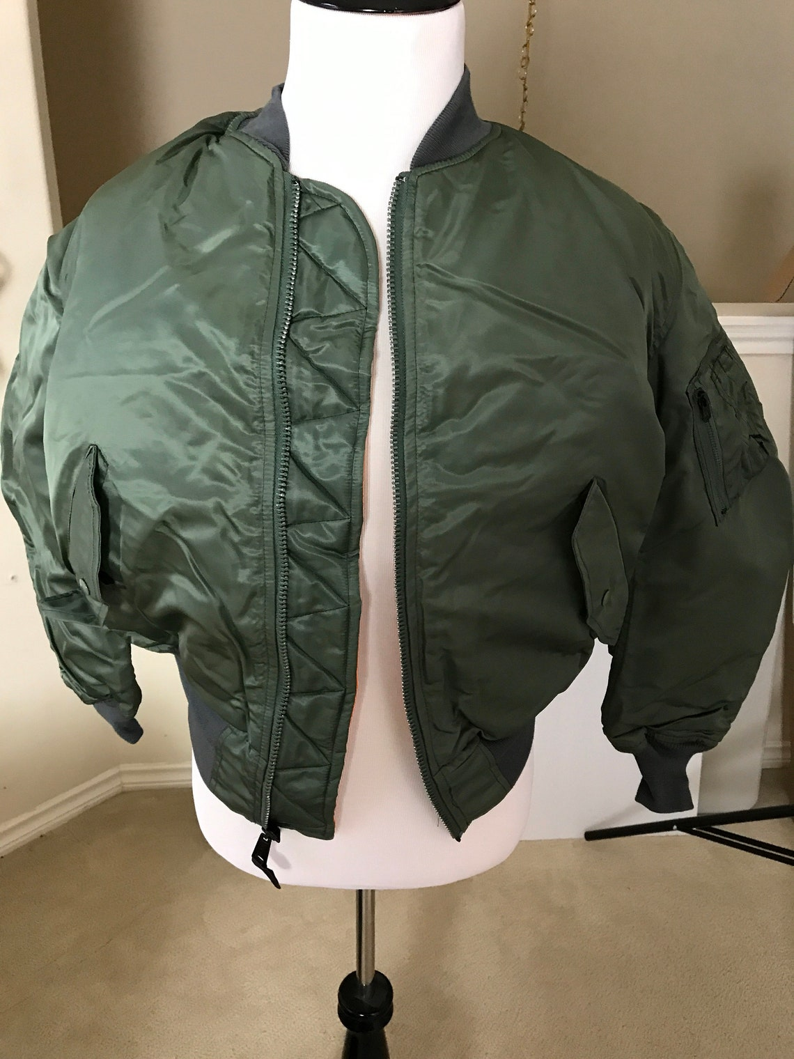 Usaf Ma-1 Green Vintage Flight Jacket By Greenbrier Mnfg New Made In Usa. Medium.