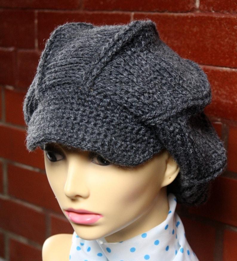 Crochet Women/'s Hat Gray women beret Women winter beret Crochet brimmed beret with visor Newsboy hat