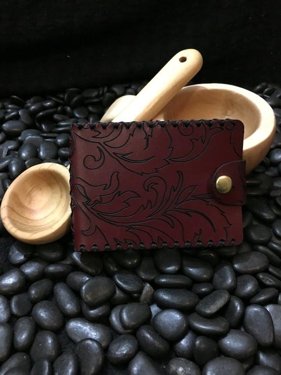 Elegant premium burgundy leather wallet