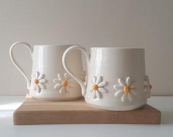 Handmade Ceramic mug, Daisy Coffee mug, Pottery mug, Studio pottery, Handmade Tea cup