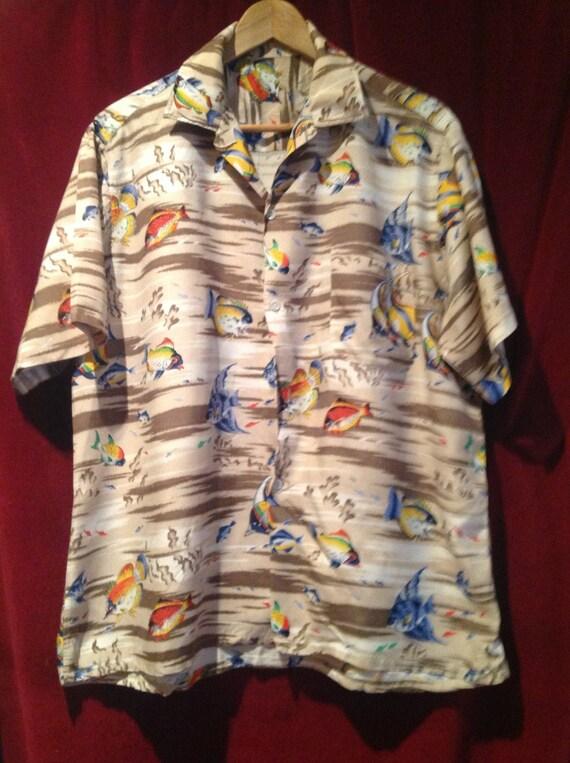 Vintage 1950s Rayon Hawaiian Shirt