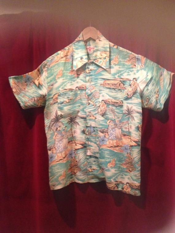 Vintage 1950's FANTASTIC Rayon  Hawaiian Shirt  /